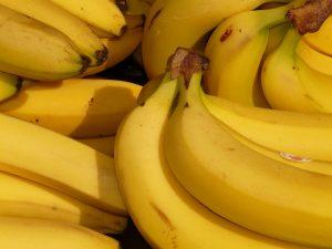 Frugtordning med ekstra bananer